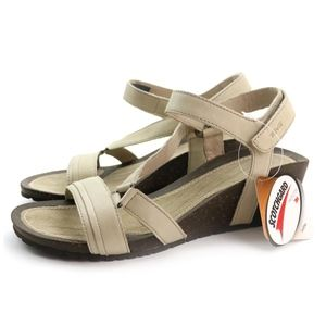 Teva Cabrillo Crossover Wedge Dune Leather Sandals